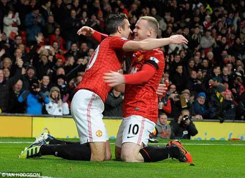 "MU lao dốc vì Rooney - Persie ""bơ"" nhau? - 2"