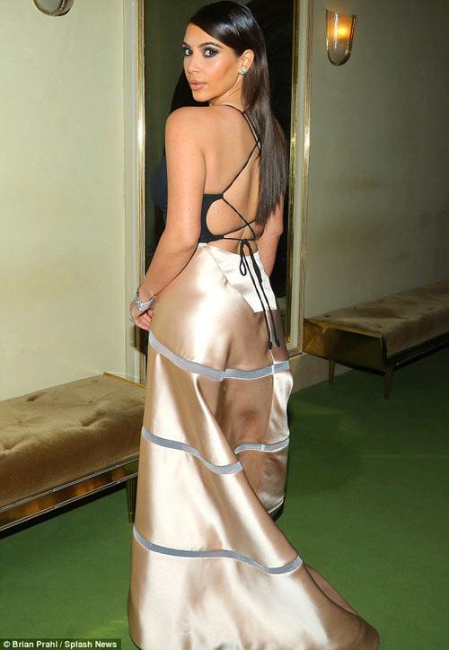 Tỷ phú chi 11 tỷ hẹn hò Kim Kardashian tức giận - 13