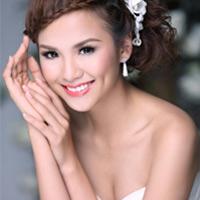 Hoa hậu Diễm Hương bị chồng đòi ly dị?