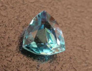 10 loại đá quý hiếm nhất thế giới - 5