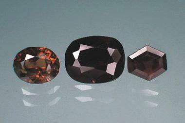 10 loại đá quý hiếm nhất thế giới - 6