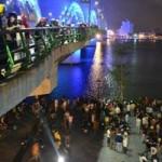 Tin tức trong ngày - Đi dạo trên cầu Rồng, một phụ nữ nhảy cầu tự tử