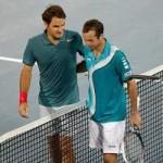 Thể thao - Pha bay người lốp bóng đánh bại Federer