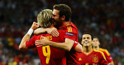Torres và Mata bị loại khỏi ĐT Tây Ban Nha - 1