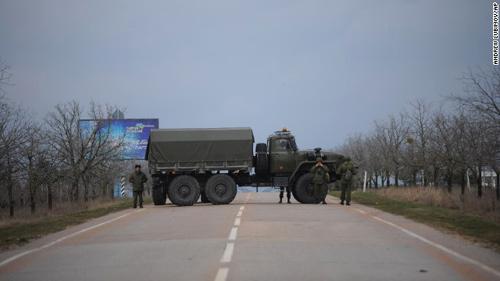 Cựu TT Yanukovych giục Nga can thiệp vào Ukraine - 3