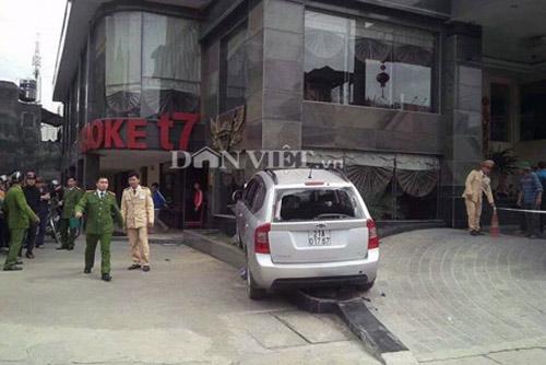Chém dã man 3 người, lái ôtô tông chết bảo vệ - 1