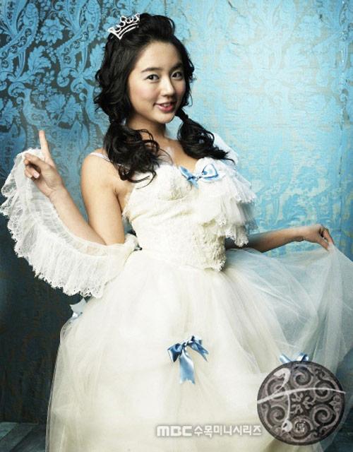 Nghịch cảnh những cô dâu nhí phim Hàn - 7
