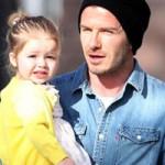 Thời trang - Con gái Beckham sành điệu ngay khi lọt lòng