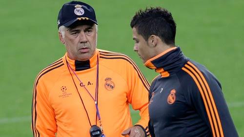 Ancelotti kêu gọi lòng quả cảm của Real - 1