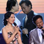 Ca nhạc - MTV - Chế Linh tình tứ nắm tay 4 mỹ nhân