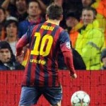 Bóng đá - Video: Messi trổ tài đánh đầu