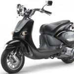 Ô tô - Xe máy - Lộ ảnh nóng Vespa Primavera đèn vuông