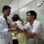 Tin tức trong ngày - Cứu sống bé gái bị sởi biến chứng suy hô hấp