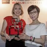 """Công nghệ thông tin - Samsung Gear Fit ẵm giải """"thiết bị di động xuất sắc nhất"""""""