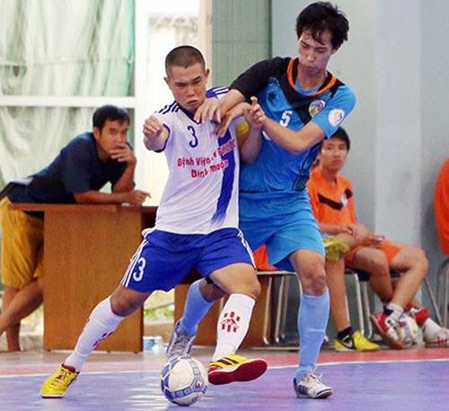 Vấn đề của bóng đá VN: Giải quốc gia ở sân làng - 1