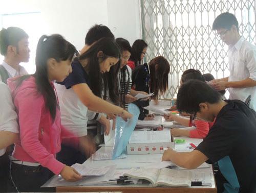 Công bố thời gian nộp hồ sơ thi ĐH năm 2014 - 1