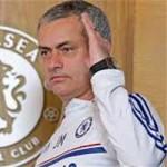 Sự im lặng  & amp; trò tâm lý chiến kiểu Mourinho