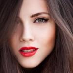 Làm đẹp - 4 mẹo trang điểm dành cho tín đồ tóc đen