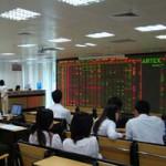 Tài chính - Bất động sản - Cổ phiếu ngân hàng, bất động sản hút khách