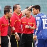 Bóng đá - Bạo lực V-League do luật chưa nghiêm
