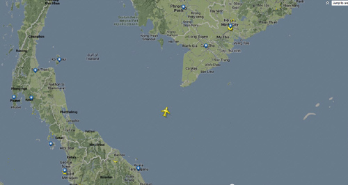 Máy bay Malaysia mất tích: Không có người VN - 1