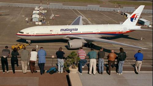 Máy bay Malaysia mất tích: Lỗi phi công hay kỹ thuật? - 1