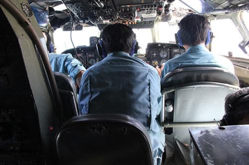 Ngày thứ 4 tìm máy bay: Đã dò được tín hiệu? - 19