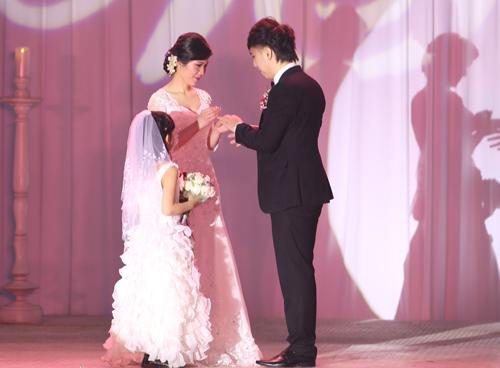 """Đám cưới """"kín tiếng"""" của Minh Vương M4U - 15"""
