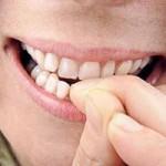 Sức khỏe đời sống - Chết đột ngột vì thói quen cắn móng tay