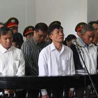 """""""Đại án tham nhũng"""": Tử hình Vũ Việt Hùng"""