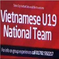 U19 VN làm khách VIP trên sân Stoke City