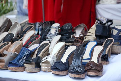 """Chợ thời trang """"ngon-bổ-rẻ"""" giữa Sài Gòn - 7"""