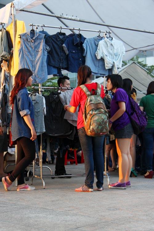 """Chợ thời trang """"ngon-bổ-rẻ"""" giữa Sài Gòn - 3"""