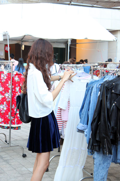 """Chợ thời trang """"ngon-bổ-rẻ"""" giữa Sài Gòn - 9"""