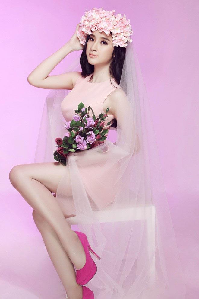 Váy áo hiền ngoan bất ngờ của Phương Trinh - 12