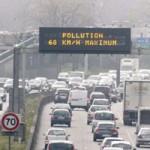 Tin tức trong ngày - Pháp cấm xe cá nhân, áp dụng biển số chẵn, lẻ
