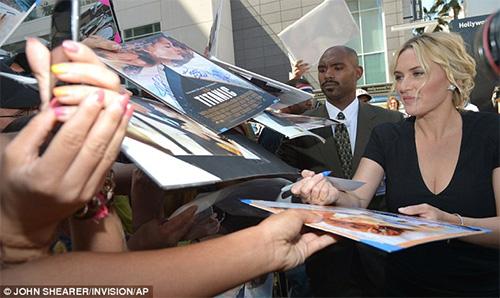 Kate Winslet tỏa sáng trên Đại lộ danh vọng - 9