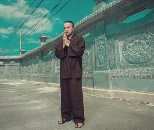 Cao Thái Sơn xuống tóc hát nhạc Phật - 3