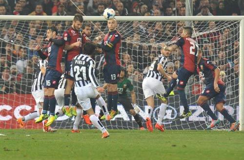 Serie A sau vòng 28: Juventus bay cùng Pirlo - 1