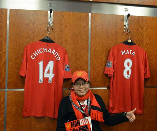 """""""Bi kịch"""" của fan Việt ngay tại Old Trafford - 3"""