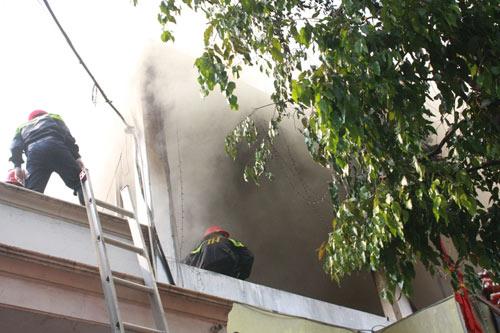 Đồng Nai: Quán bar Discovery bốc cháy dữ dội - 1