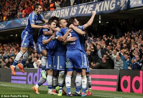 Chelsea vào Tứ kết, Mourinho nổ tưng bừng - 1
