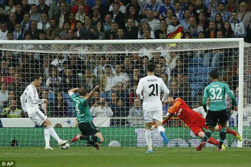 Góc 3D: Ngày Ronaldo làm nên lịch sử - 1