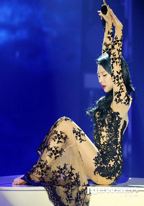 """Khó rời mắt trước """"nữ hoàng yoga"""" châu Á - 14"""