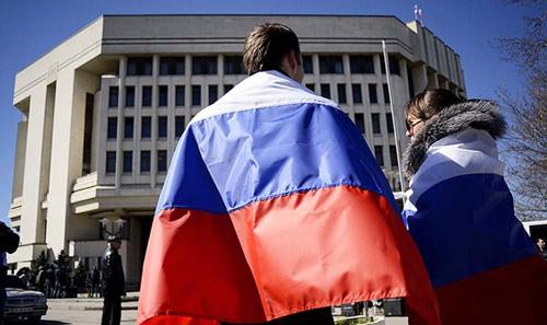 """Crimea trở nên """"Nga hóa"""" từng ngày - 1"""