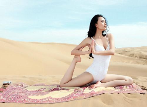 """Khó rời mắt trước """"nữ hoàng yoga"""" châu Á - 5"""
