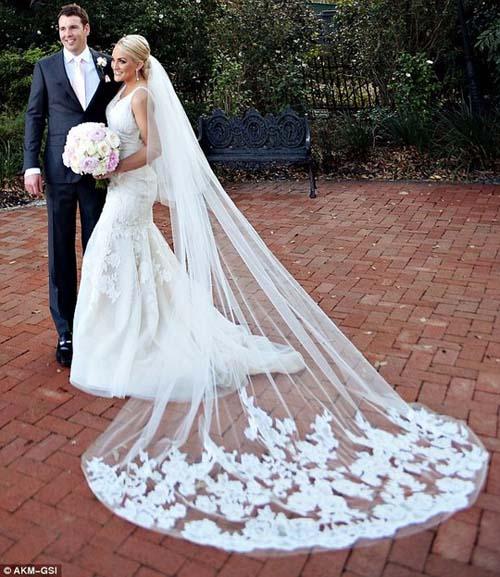 Em gái Britney Spears khoe ảnh cưới đẹp ngất ngây - 1
