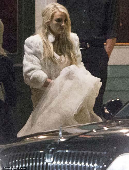 Em gái Britney Spears khoe ảnh cưới đẹp ngất ngây - 7