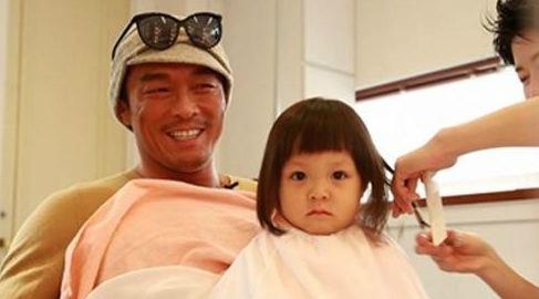 Cô bé 3 tuổi gây sốt màn ảnh Hàn - 11
