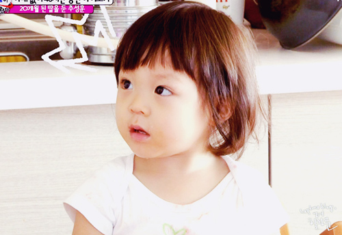 Cô bé 3 tuổi gây sốt màn ảnh Hàn - 1
